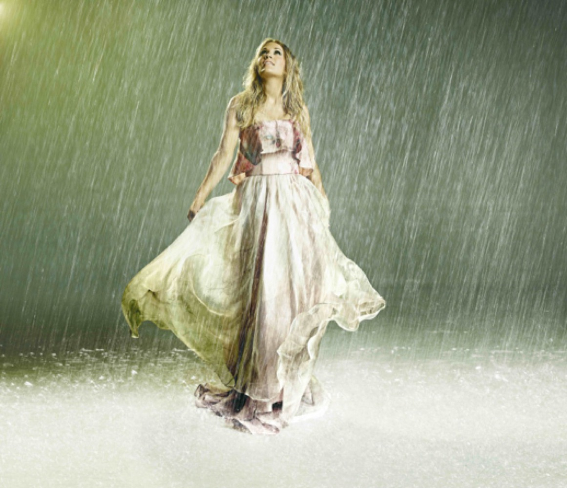 """Carrie Underwood Wins GRAMMY® for Best Country Solo Performance for """"Something in the Water"""""""