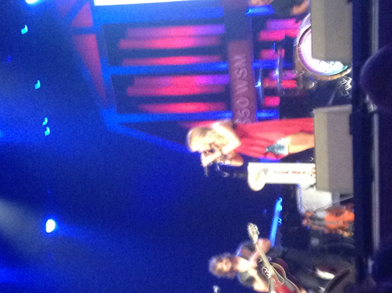 Carrie Underwood fanclub party 2014