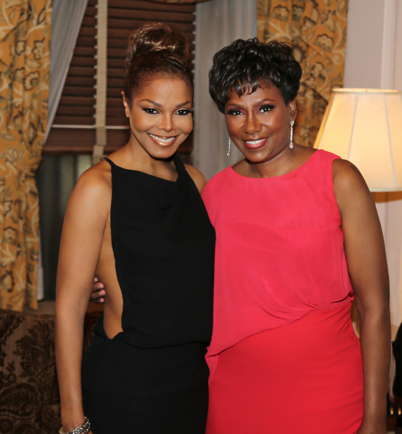Janet Jackson News - JANET honored by amfAR at New York Gala