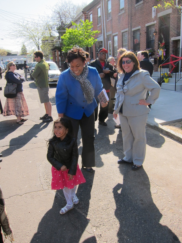 Mayor Redd and Helene Pierson, with Jorge's sister, at the Ribbon Cutting Event